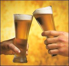 Le bistrot du coin - L'abus d'alcool est dangereux. Hic... Be_beb_beerglass1sp